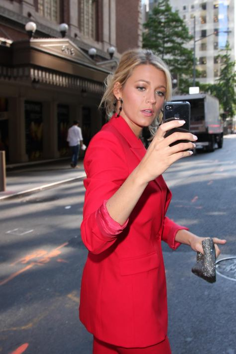 Blake Lively - Arriving to Good Morning America, NYC - 06/27/12