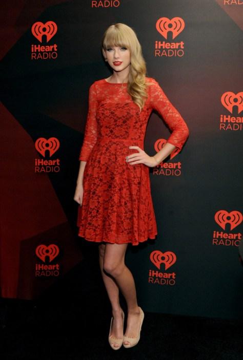 Taylor Swift - IHeartRadio music festival in Las Vegas 09/22/12