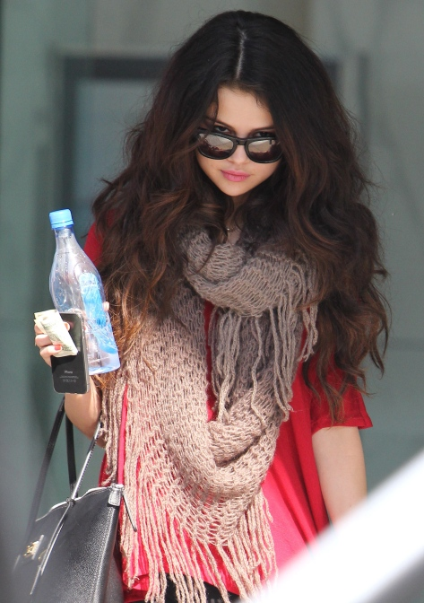 Selena Gomez - out & about 2/4/13